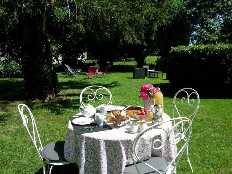 Déjeuner jardin