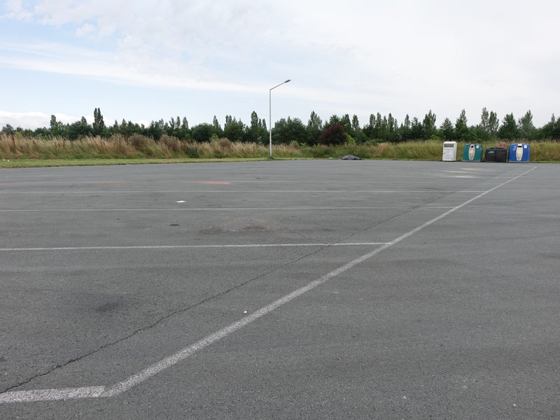Vue éloignée du parking