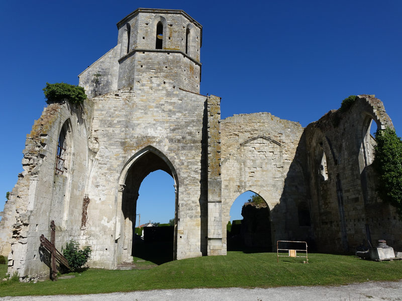 Ruines de léglise
