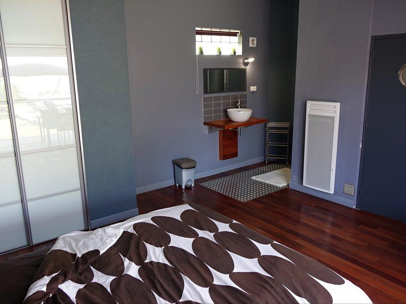 Chambre lit simple 2