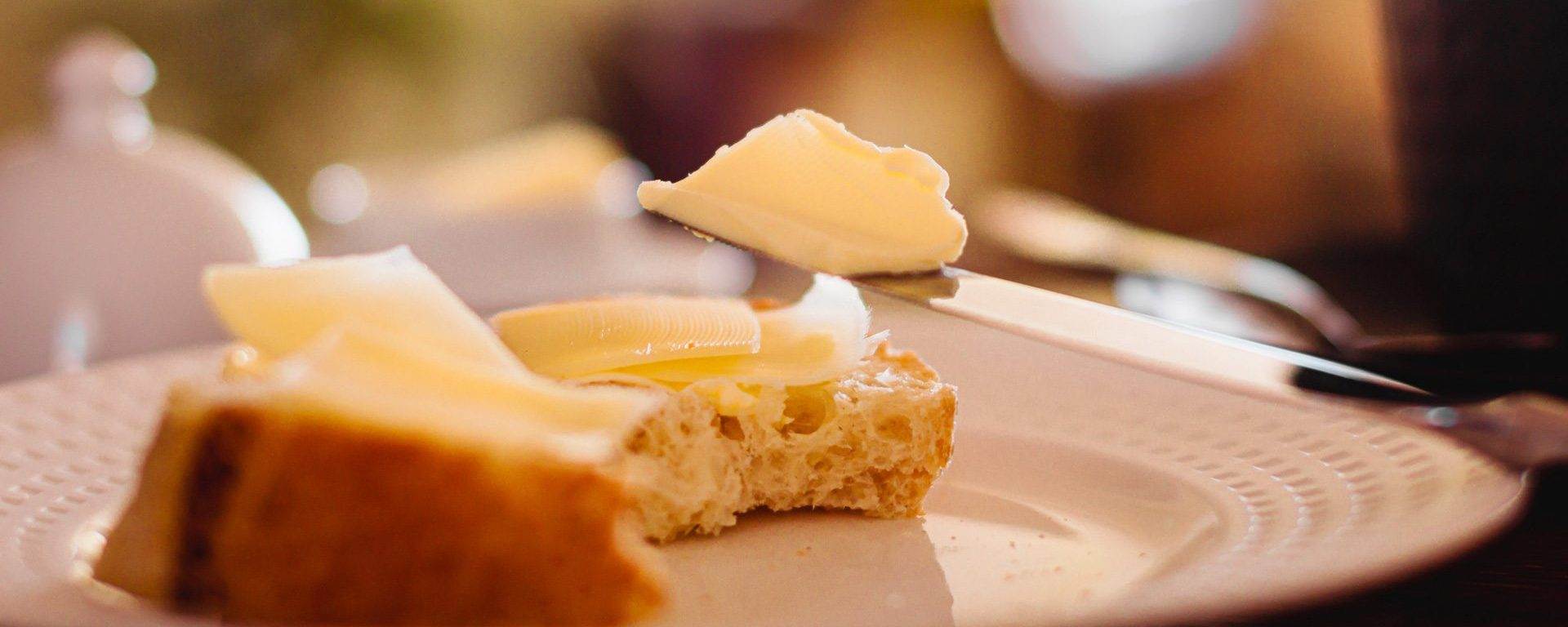 beurre-tartine-couteaulocrifa-pixabay-aspect-ratio-2000-800