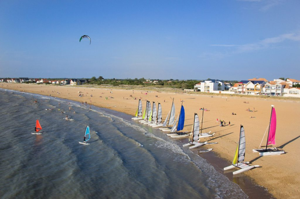 chatelaillon-plage-mer-voile-ete-sylvie-curty