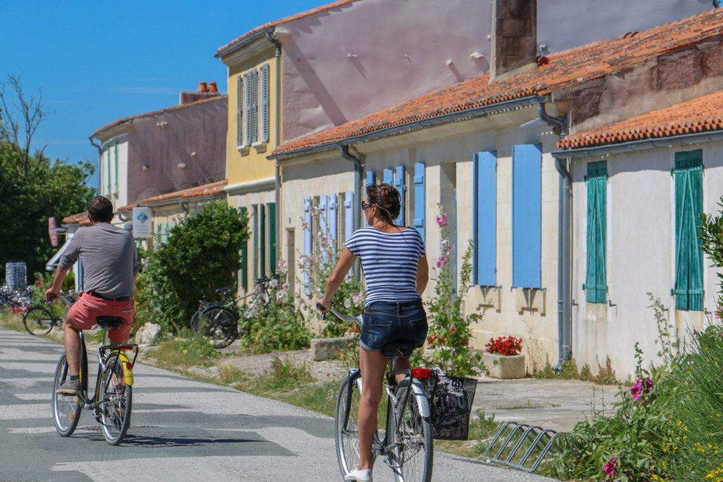 rochefort-ocean-ile-aix-village-velojulie-paulet1